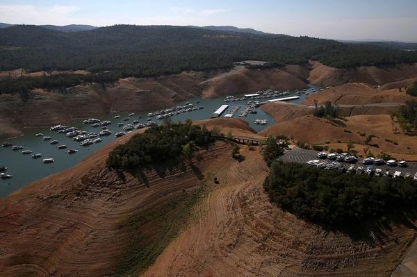 bidwell marina lake oroville california after drought2