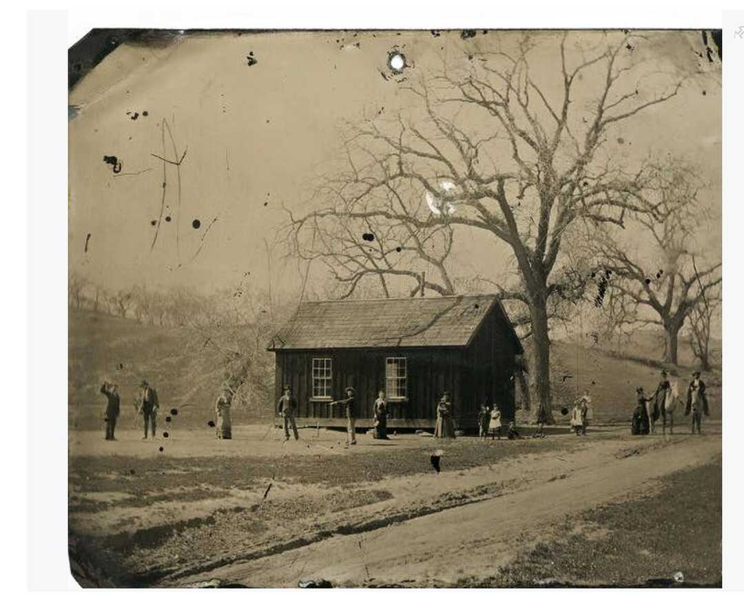 old photo depicts Billy The Kid