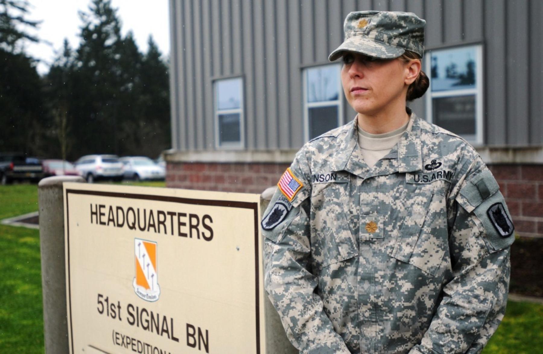A female officer boarded her flight