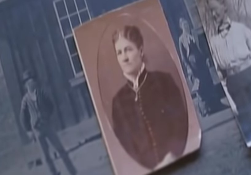 the woman in the old photo