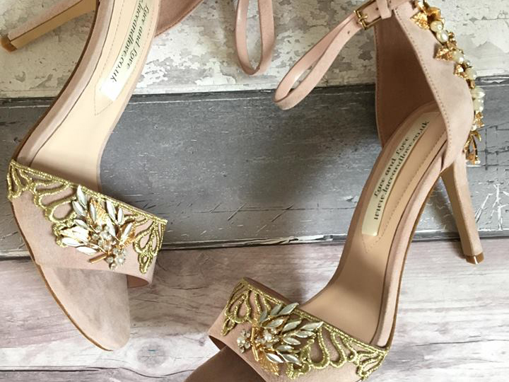 hndcrafted shoes by Lace and Love
