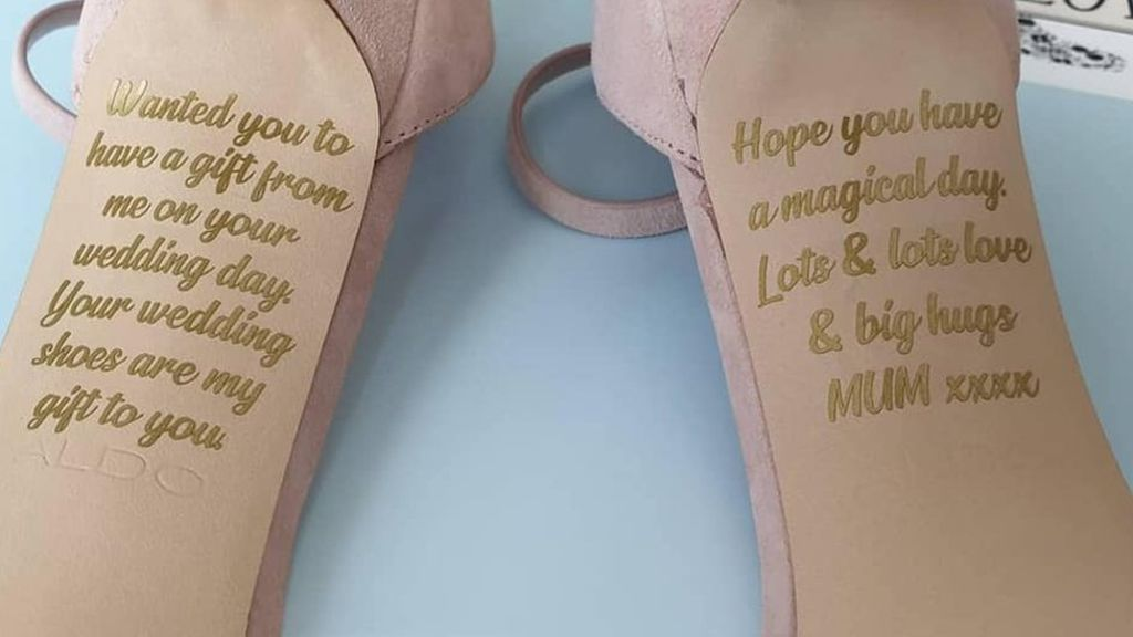 her mom left this message on her shoes